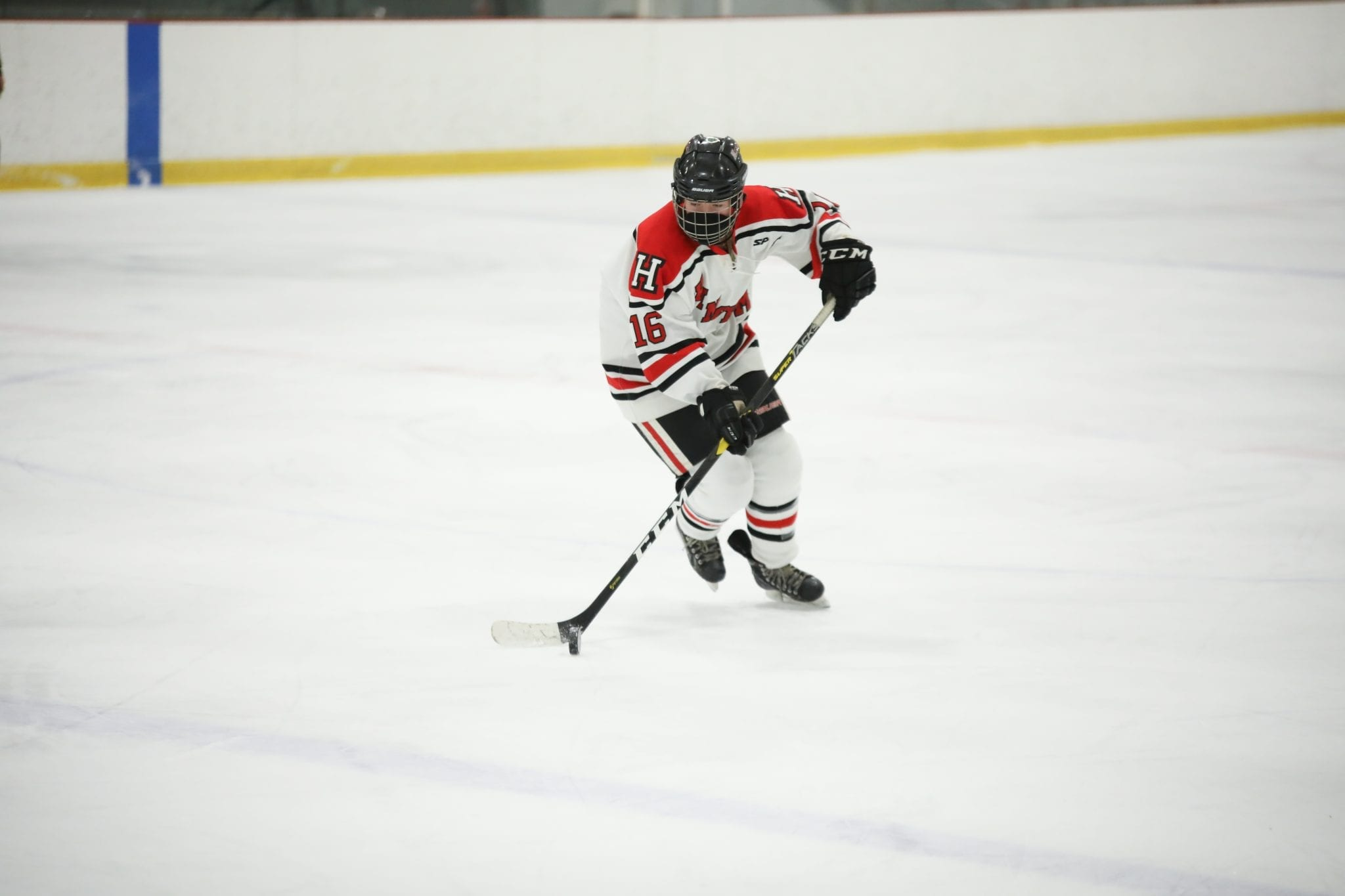 Senior captain and defenseman Madie Decelles led an outstandng performance by the Harborwomen defense on Monday vs. Cohasset/Hanover.