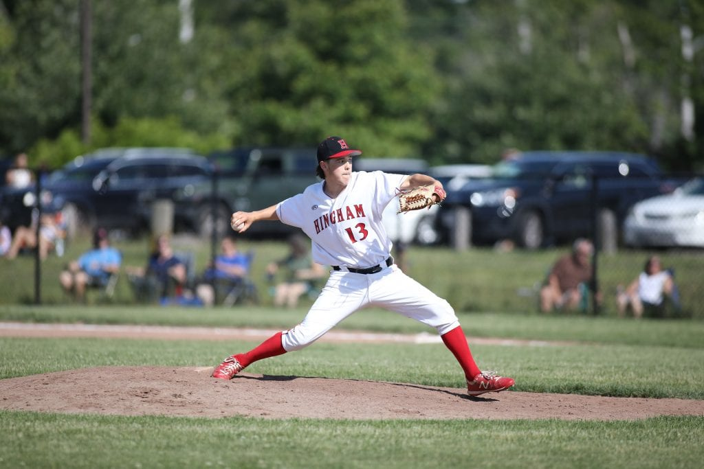 Sophomore Jake Shulte started the game and gave the Harbormen 3 2/3 innings.