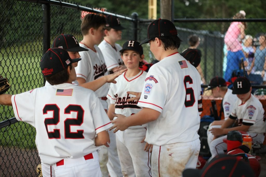 A little rock, paper, scissors during the lightning delay.